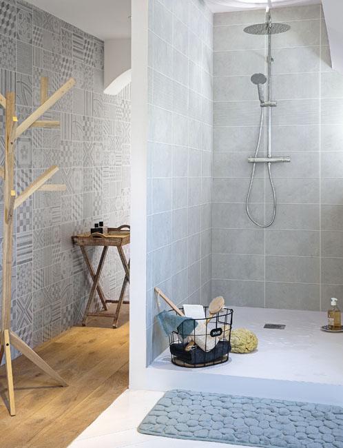 Relooker sa salle de bains coll ge des tendances for Carreaux de douche