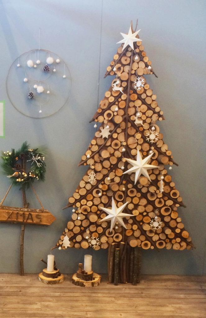 Un sol vinyle, effet bois vieilli, apporte chaleur et douceur à une décoration néo-rustique. Collection Gerflor